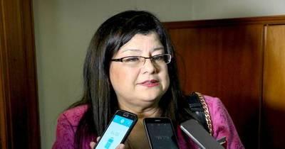 La Nación / #JusticiaparaClarisse: padre mantiene secuestrado a su hijo ante inacción judicial