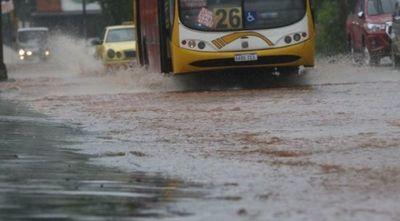 Pronostican lluvias y tormentas hoy, descenso desde mañana