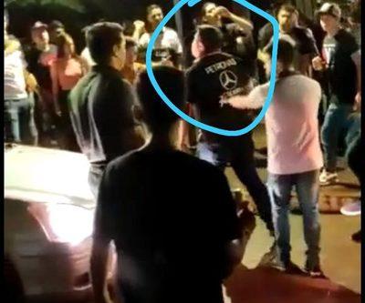 """""""Carlos Rubio"""" protagoniza riña en costanera y casi atropella a la multitud – Diario TNPRESS"""