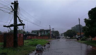 Cerca de 15 mil hogares siguen sin energía eléctrica tras tormenta del miércoles