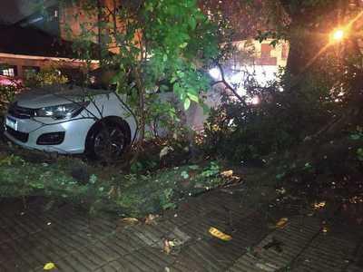 SEN asiste a afectados por el temporal en varios departamentos