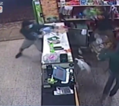 Cae tercer sospechoso que asaltó con machete un comercio