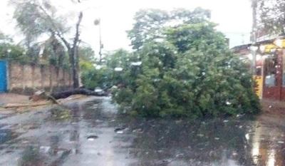 Secretaría de Emergencia Nacional asistirá a todos los pobladores y distritos afectados por el fuerte temporal