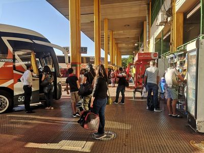 Anuncian que buses reanudarán salidas de Asunción a Buenos Aires y viceversa a partir del 15 de noviembre