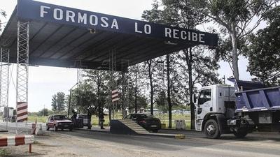 """Directora de Migraciones anunció que """"no pasará de este fin de semana"""" para que Argentina abra al menos una de sus fronter"""