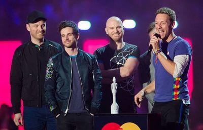 """Coldplay anunció su gira mundial """"sostenible"""" para el 2022"""