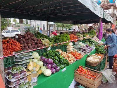 Feriantes concretaron ventas por más 60 Gs. millones en Concepción