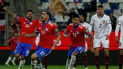 Chile golea a Venezuela y trepa al sexto lugar