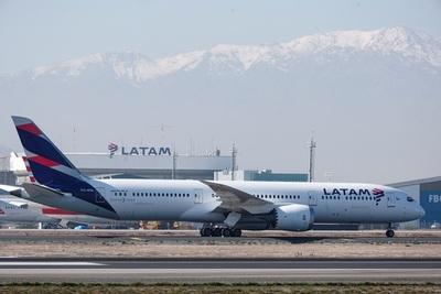 Latam pide una nueva prórroga para presentar la reestructuración en noviembre