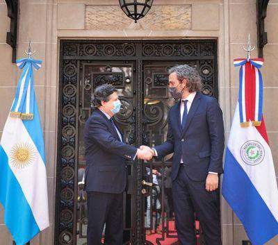 Cancilleres oficializan acuerdo de reapertura de fronteras entre Paraguay y Argentina