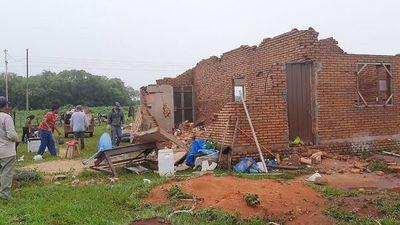 Varios departamentos fueron azotados por una tormenta