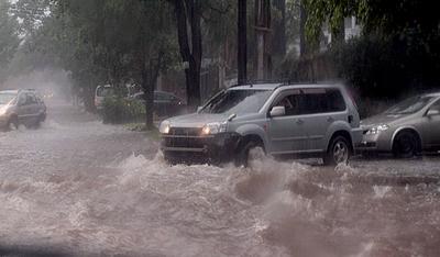 Pronostican jornada cálida, lluviosa y con tormentas