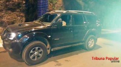 Cae PARAGUAYO con camioneta ROBADA en el PUENTE