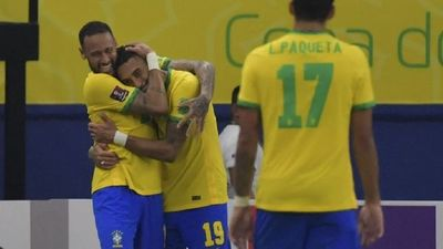 Brasil mira más cerca a Qatar
