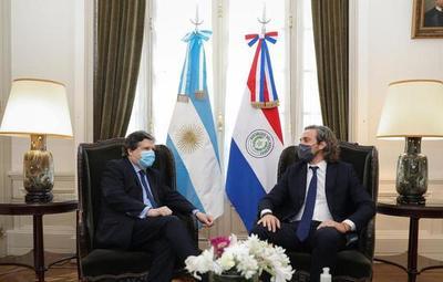 Canciller nacional visitó a su par argentino y acordaron apertura de pasos fronterizos