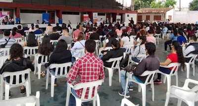 En San Lorenzo ofrecieron más de 300 puestos laborales en una feria de empleo