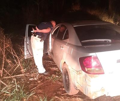 Recuperan vehículo que fue robado en Brasil