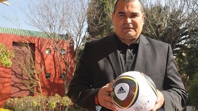 """Chilavert: """"Los dirigentes están perdidos y si seguimos así continuaremos de fracaso en fracaso"""""""