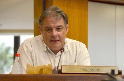 """""""El Frente Guasu tuvo un retroceso"""" y debe reconectarse con las bases, afirmó senador Hugo Richer"""