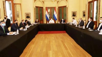 Hacienda analiza fusionar Fondo Ganadero y BNF