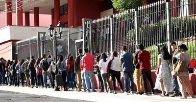 La Nación / Presentan proyecto de ley de seguro para el desempleado