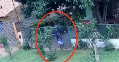 La Nación / Ni a garrotazos aprenden: ahora robaron a abuelitos y amenazan a vecinos en Luque