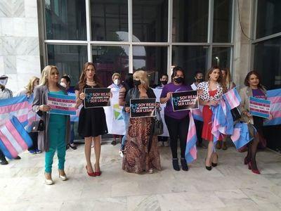 Personas trans solicitan cambio de nombres al Poder Judicial – Prensa 5