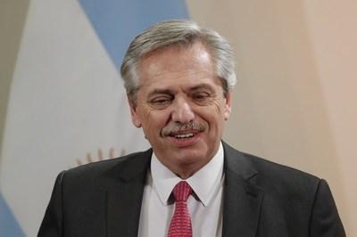 """Alberto Fernández ansía un """"rápido acuerdo"""" con el FMI y """"ganar tiempo"""" para pagar la deuda"""