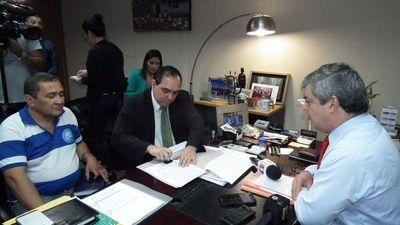 MEC: 21.000 docentes aceptan aumento del 12% anual