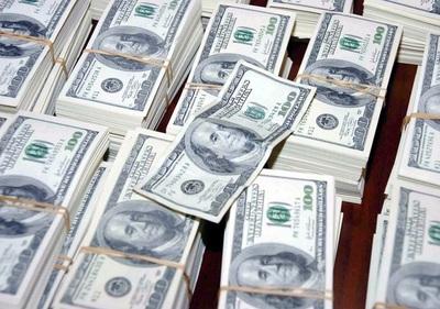 Bolivia recibió 918 millones de dólares en remesas entre enero y agosto