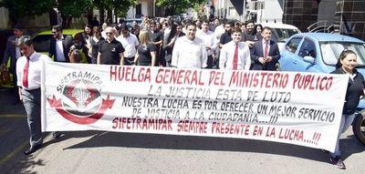 Se viene una nueva huelga de funcionarios del Ministerio Público