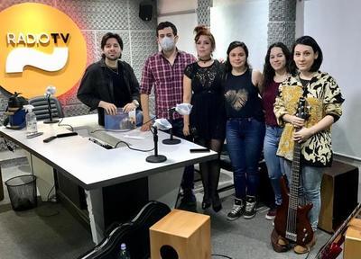 El grupo musical Infusión deleita con canciones propias