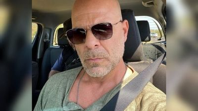 Estallan memes sobre Bruce Willis en Paraguay
