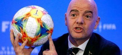 Un Mundial cada dos años hará al fútbol verdaderamente global, según Infantino