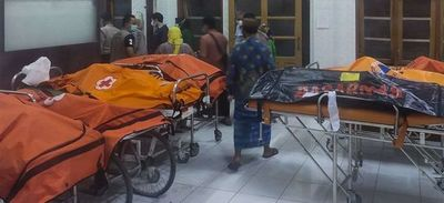 Once adolescentes mueren ahogados cuando hacían senderismo en Indonesia