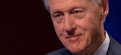 Bill Clinton se recupera de una infección en un hospital en California
