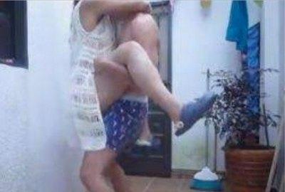 """Crónica / IKUERÁI DE VECINA """"RUIDOSA"""". """"Ella tiene sexo en su patio"""""""