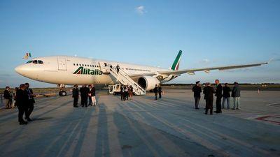 Alitalia apaga sus motores luego de 74 años volando