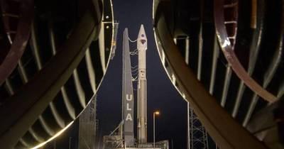 La Nación / Lucy, primera misión de la NASA hacia los asteroides troyanos, inicia viaje de 12 años
