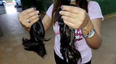 Concepción: Reciben donación de cabellos para pelucas solidarias