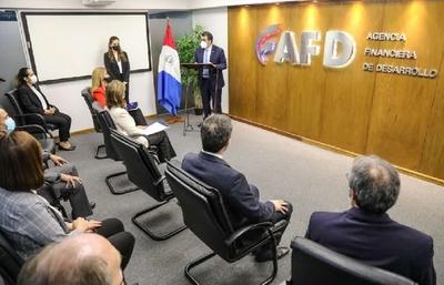 Ministro resalta papel clave de la AFD en el fortalecimiento del sistema financiero