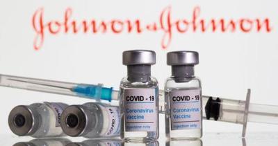 EE.UU: Mayores de 18 años pueden recibir dosis de refuerzo, según la FDA