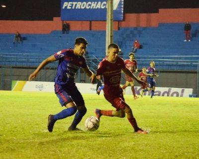 Independiente de Campo Grande gana y sigue con vida