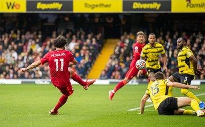 Con un triplete de Firmino y un golazo de Salah, Liverpool aplasta al Watford