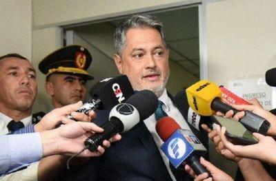 Juez apunta artillería contra fiscal y ministra de Justicia