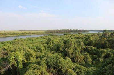 Naufragio de barco-hotel en río Paraguay, lado brasileño, deja 3 muertos y 4 desaparecidos