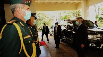 Mario Abdo realiza movidas en cúpula militar
