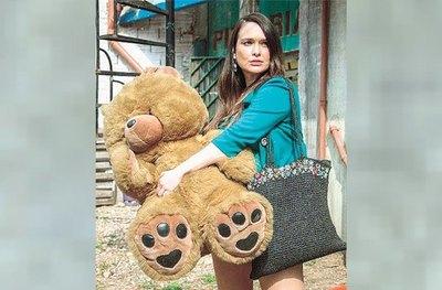 Crónica / LALI GONZÁLEZ. La vida de la paraguaya que es furor en Argentina