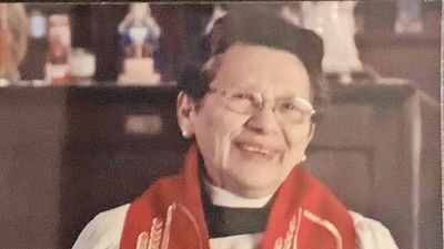 María Isabel, la sacerdote paraguaya que lidera misa para sordos en EEUU