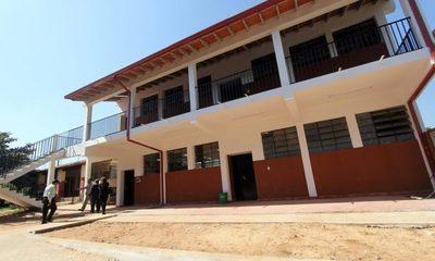 Docentes se declaran en cuarto intermedio y retomarán clases desde el lunes